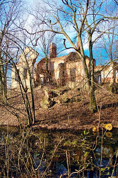 Ruiny Wesołówka Stanin fot. Paweł Kulenty